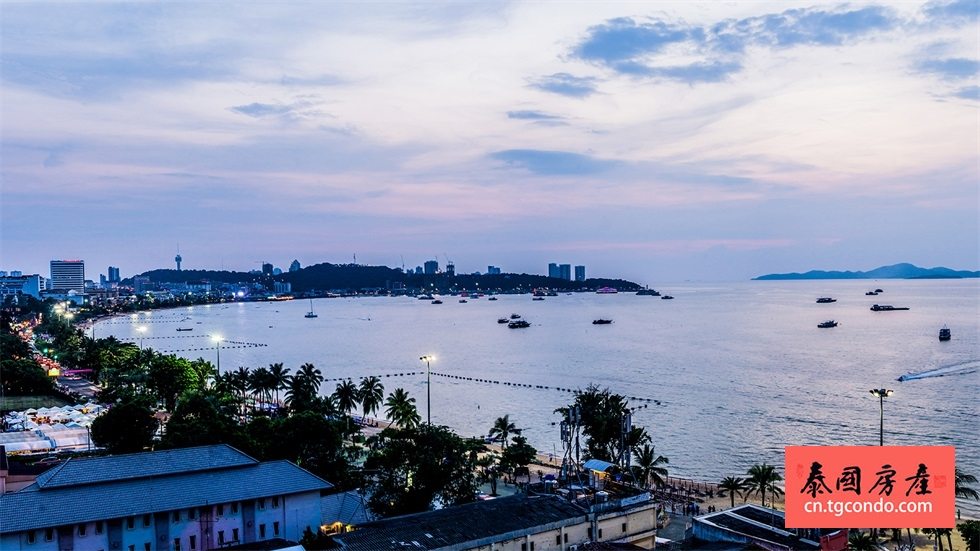 The-Bay-Pattaya-2.jpg