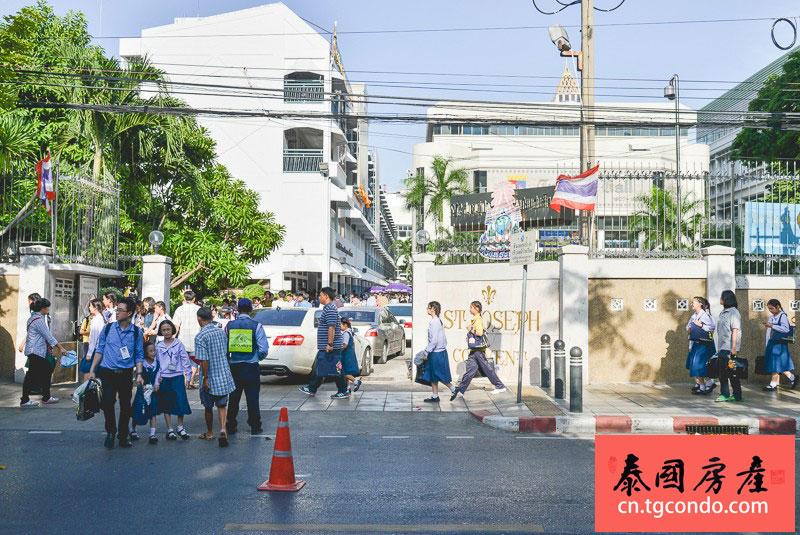Silom Street 曼谷是隆沙吞