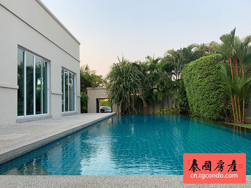 泰国芭堤雅泳池别墅