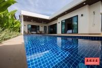 泰国普吉岛房地产:三房三卫泳池别墅出租