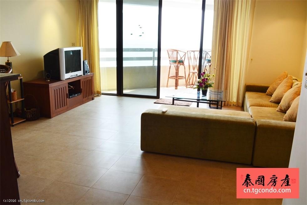 芭提雅中天海滩广场酒店公寓 Jomtien Plaza Condotel