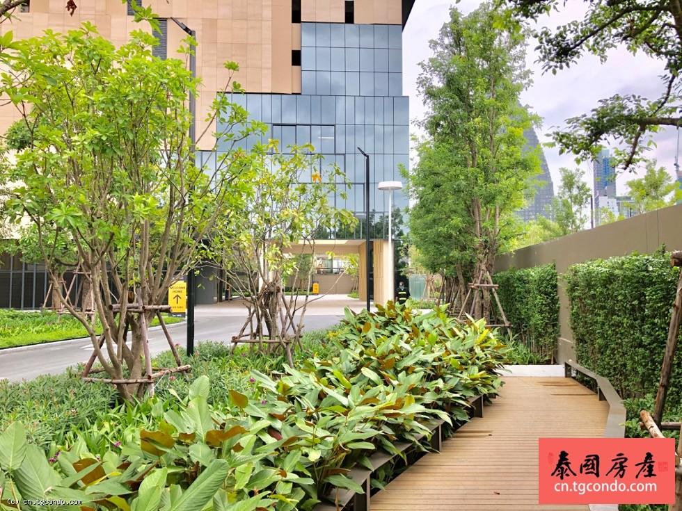 Oka Haus 泰国曼谷日本区通罗两房豪华楼盘