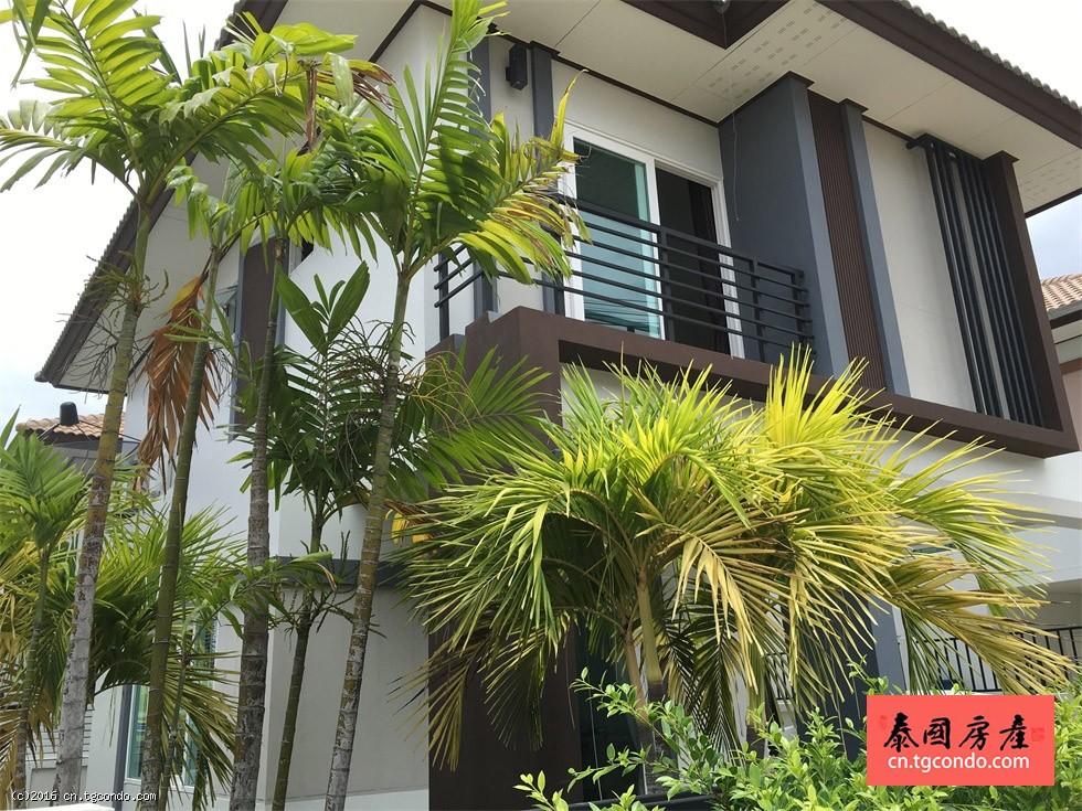 泰国芭提雅3房3卫双层别墅出租