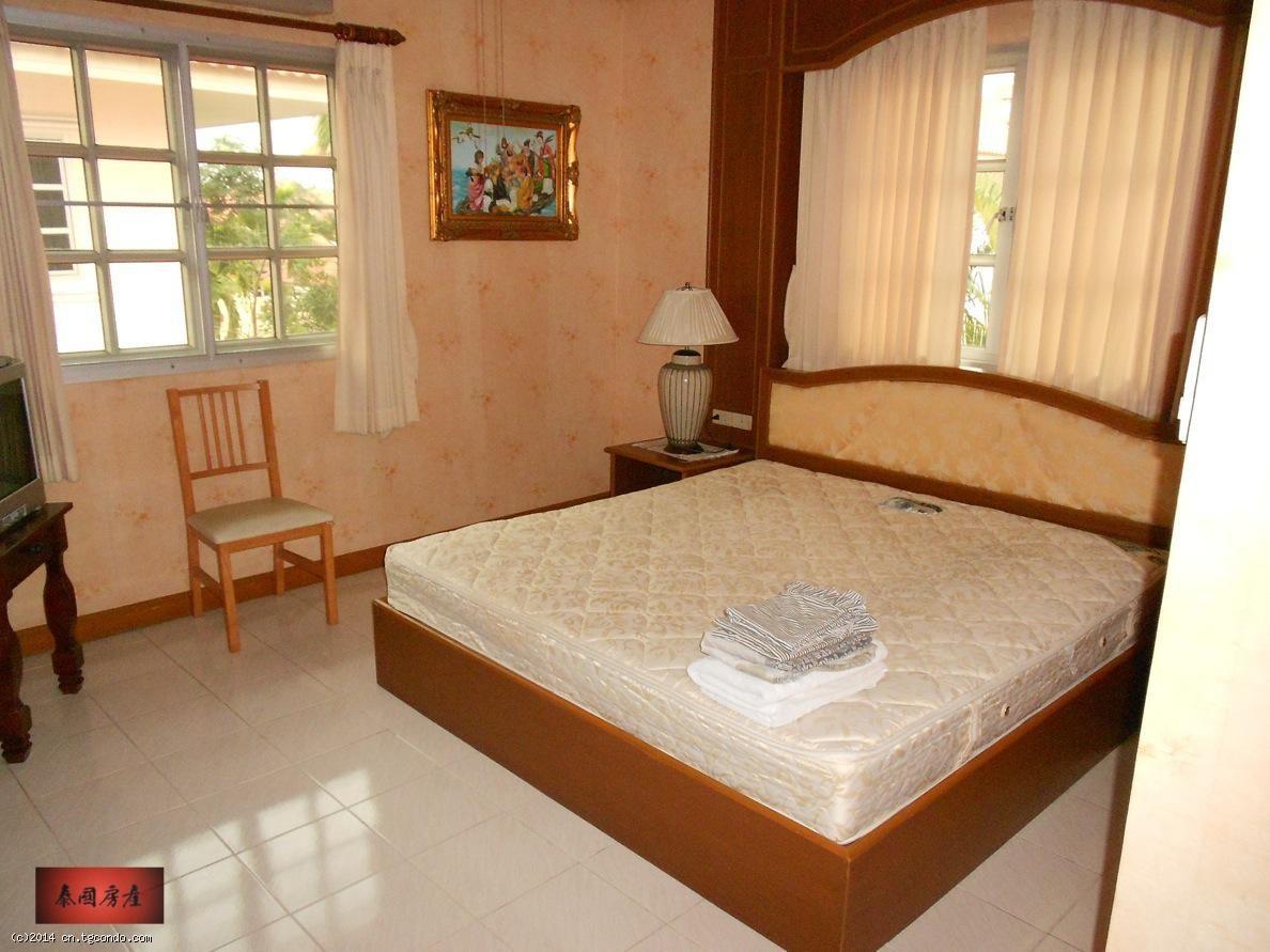 泰国芭提雅别墅出租私家泳池双层