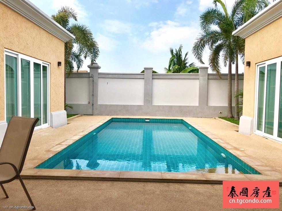 泰国芭提雅豪华泳池别墅3房3卫出租
