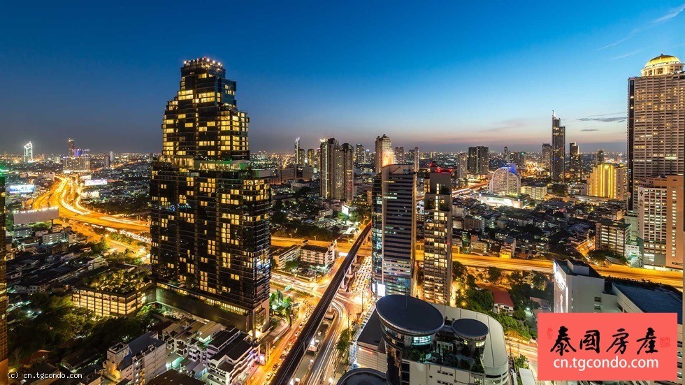 曼谷沙吞金融区2房大豪宅The Bangkok Sathorn 高层泳池景观