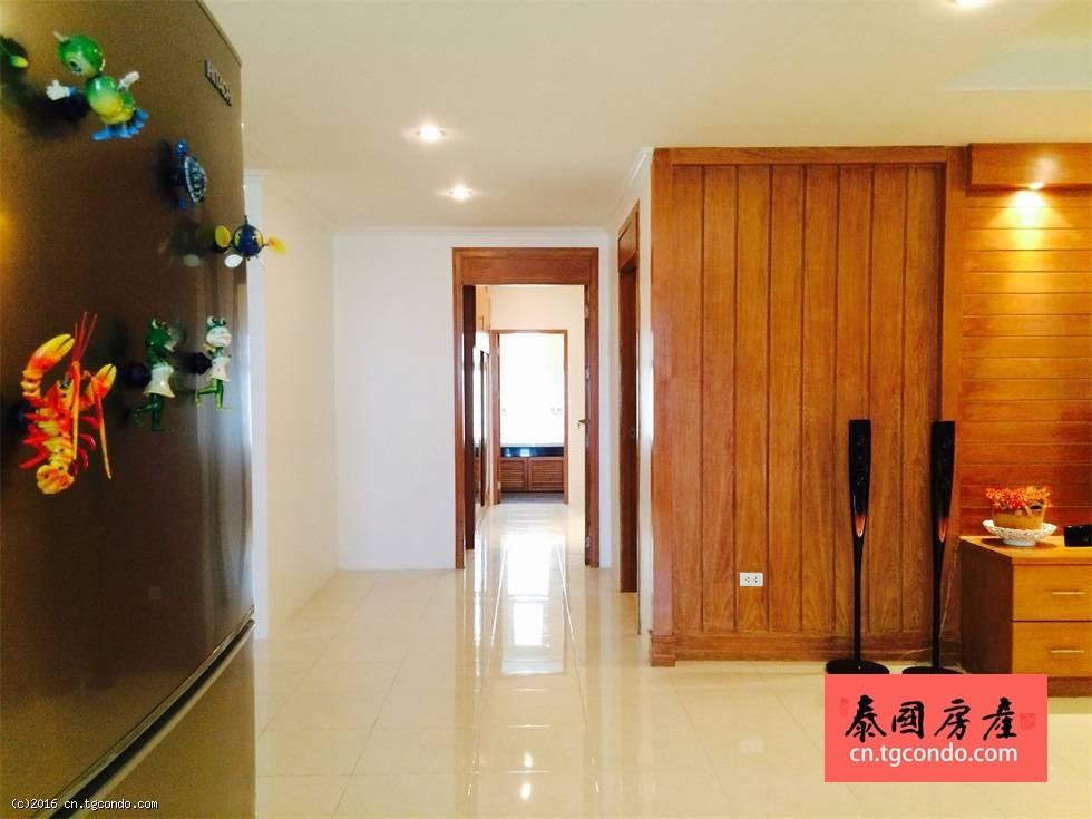 俄罗斯人的好房子!拥有舒适环境的超大两房公寓!