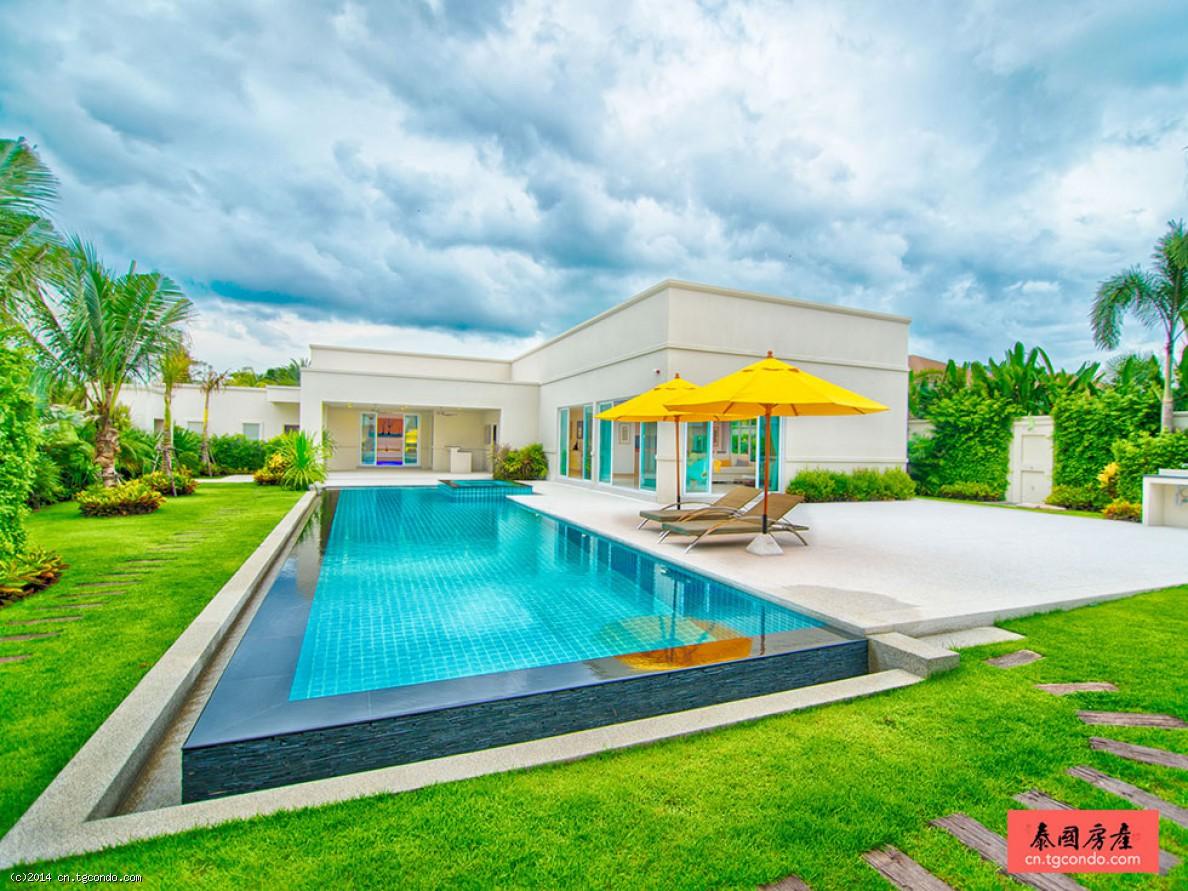 芭提雅别墅出售葡萄园882平3卧豪华泳池Vineyard
