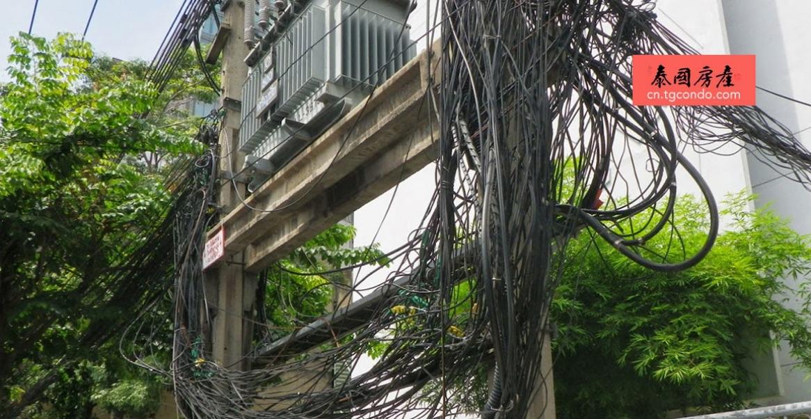 泰国乱糟糟的电线